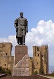 帖木尔雕象在沙赫里萨布兹,乌兹别克斯坦 免版税图库摄影