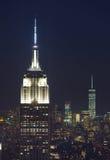 帝国大厦和曼哈顿都市风景在夜之前 图库摄影