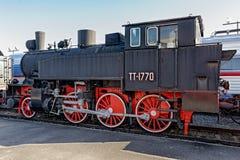带有水和燃料的蒸汽火车头TT-1770 免版税库存图片