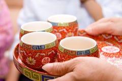 带来茶 免版税库存图片