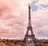 带淡红色的巴黎 免版税库存图片