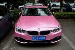 带淡红色的BMW在常州中国 库存照片