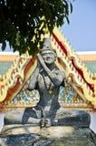 带状闪长岩雕象在Wat Pho 免版税库存照片