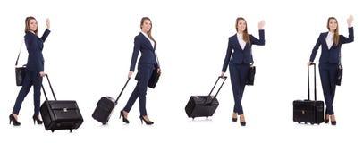 带着在白色隔绝的手提箱的年轻女实业家 免版税库存照片