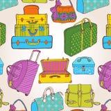带着很多袋子和手提箱的无缝的样式 免版税库存照片