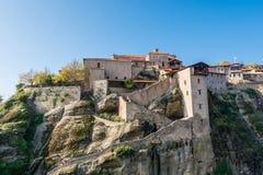 带领入在岩石的修道院修造的楼梯 图库摄影