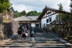 带领的台阶在奈良Nigatsu寺庙 库存图片