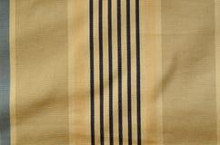 帷幕纹理 与老海军条纹的百叶窗布料 免版税图库摄影