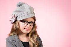 帽子的女孩 免版税库存图片