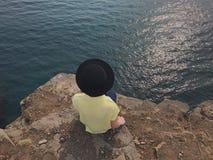 帽子的女孩 免版税图库摄影