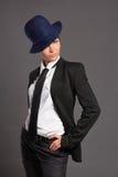 帽子的秀丽减速火箭的妇女 库存照片