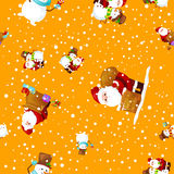 帽子雪人的圣诞快乐和新年快乐朋友圣诞老人在围巾庆祝xmas,从雪花的降雪 免版税图库摄影