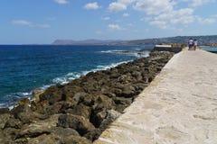 干尼亚州希腊墙壁和海岸 免版税库存照片
