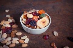 干果子混合物-一顿健康早餐 免版税图库摄影