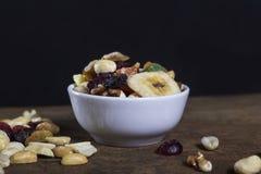干果子混合物-一顿健康早餐 库存图片