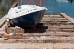 干燥小船的码头 免版税图库摄影