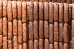 干燥泰国东北样式的香肠在阳光下 库存图片