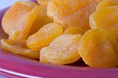 干的4个杏子 库存照片