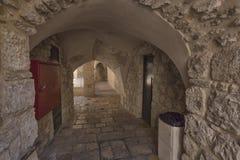 干耶路撒冷亚麻制纯街道街道 免版税库存照片
