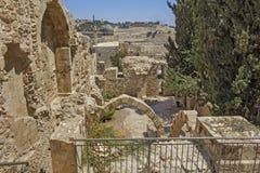 干耶路撒冷亚麻制纯街道街道 库存照片