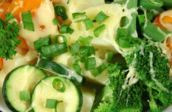 干酪切成小方块的蔬菜 免版税库存照片