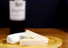 干酪和酒 免版税库存图片