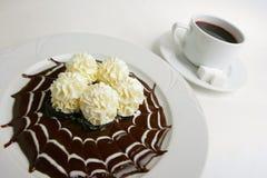 干酪巧克力村庄奶油甜点 免版税库存图片
