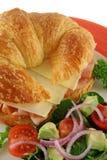 干酪新月形面包火腿 免版税库存照片
