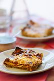 干酪烤宽面条蔬菜 免版税图库摄影
