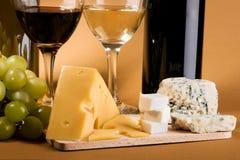 干酪生活不起泡的酒 免版税库存图片