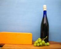 干酪生活不起泡的酒 免版税库存照片