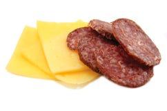 干酪蒜味咸腊肠 免版税库存图片