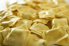 干酪被装载的意大利意大利面食纹理 库存照片
