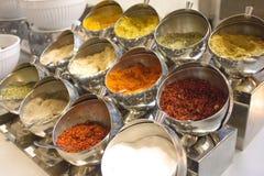 干香料和草本品种在旅馆 库存图片