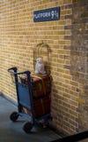 平台9 3/4在Cross国王火车站 免版税库存图片