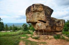 平均观测距离Hin Khao或者Phu Laenkha国民同水准的泰国巨石阵 库存照片