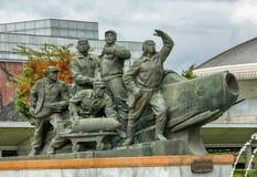 平壤,北部KOREA-OCTOBER 13,2017 :在t以后的雕刻的小组 免版税库存照片