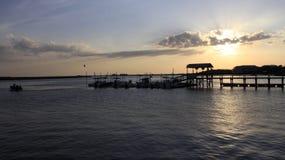 平安在小船船坞 库存照片