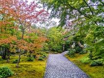 平安日本的庭院 免版税图库摄影
