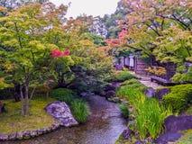 平安日本的庭院 免版税库存图片