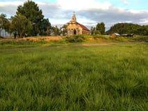 平安的乡下教会 免版税库存照片