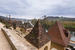 平安的村庄la roque gageac,法国 免版税图库摄影