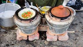 平底锅蛋糕在曼德勒,缅甸 免版税库存照片