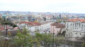 平底锅从Letna公园的高城市视图在布拉格,捷克 股票录像