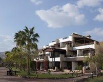 平房在旅馆里。埃及,塔巴手段。 免版税图库摄影