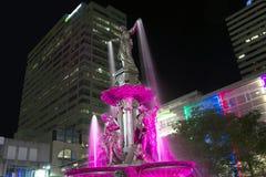 平方的喷泉 免版税库存照片