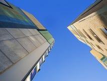 平板建筑公寓楼偏锋 免版税库存照片