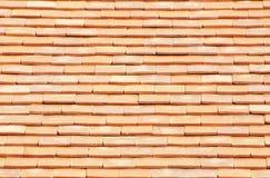 水平橙色的屋顶 免版税库存图片