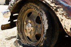 平的葡萄酒轮胎 图库摄影