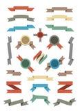平的被设置的颜色丝带和徽章。 库存照片